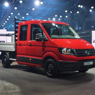 utilitaire rouge Volkswagen Crafter