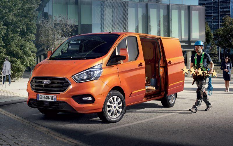 Ford Transit Custom à partir de 189 € HT / mois