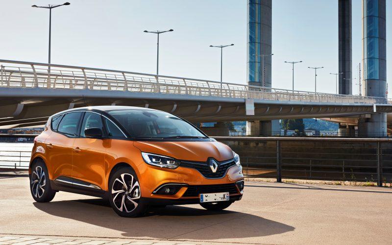 Renault Scenic Reprise + 5000 euros